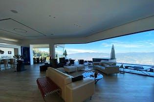 Casa en Las Palmas, Poblado, 6 Habitaciones- 800m2.