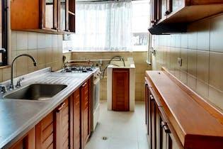 Apartamento En Spring, Colina Campestre, 3 habitaciones- 77m2.