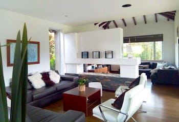 Casa en Rionegro, V. Llanogrande - 300mt, cuatro alcobas