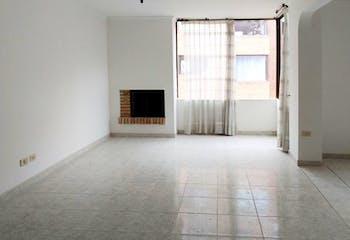 Apartamento en venta en Colina Campestre con Jardín...