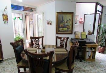 Apartamento en venta en La Floresta 144m²