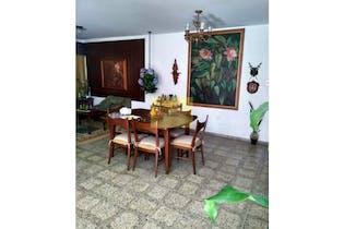 Casa en Calasanz, La America - 286mt, cuatro habitaciones, tres patios