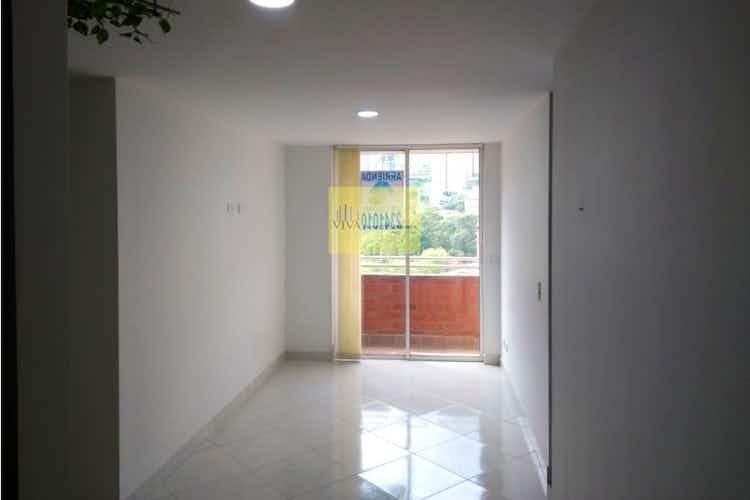 Portada Apartamento en Santa Lucia, La America - 40mt, una alcoba, balcon