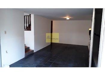 Casa en La Castellana, Laureles - 198mt, tres alcobas, dos patios
