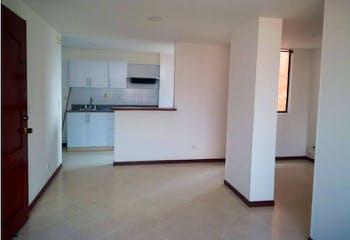 Apartamento en Loma de los Bernal, Belen - 68mt, dos alcobas, balcon