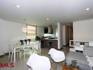 Una sala de estar llena de muebles y una mesa en Privatto (Zuñiga)