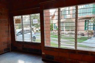 Casa en San Antonio de Pereira, Rionegro - 120mt, cuatro alcobas, balcon