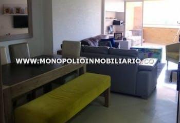 Apartamento en Sector Las Lomitas, Sabaneta. Con 3 habitaciones-121mt2