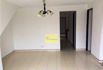 Casa en La Castellana, Laureles, 3 Habitaciones-72m2.