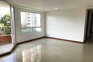 Apartamento en La Tomatera, Poblado - 103mt, tres alcobas, balcon