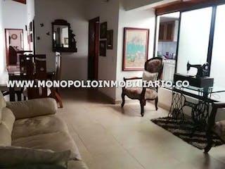 Casa en venta en San Javier, Medellín