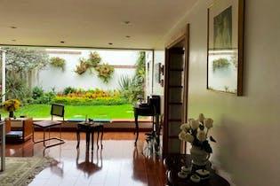 Casa en Niza, Niza - 520mt, cuatro alcobas, terraza
