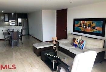 Apartamento en Loma de Benedictinos, Envigado, 3 Habitaciones- 118,5m2.