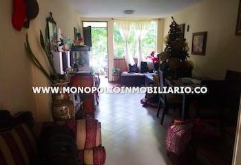 Casa en Loma del Indio, Poblado - Tres alcobas