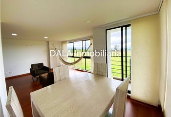 Apartamento en venta en Casco Urbano Cajicá de 76m² con Balcón...