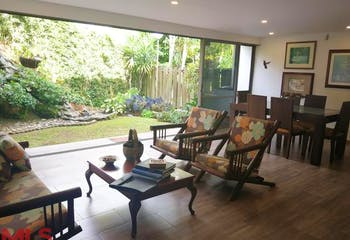 Casa en San Lucas-El Poblado, con 3 Habitaciones - 192 mt2.