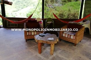 Casa finca en V. El Salado, San Antonio de Prado - 2000mt, cinco alcobas