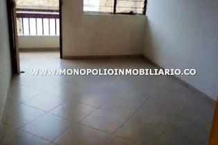Casa en la Castellana, Laureles, 4 Habitaciones- 132m2.