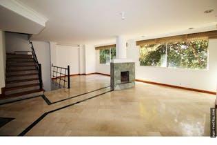 Casa en Transversal Intermedia-Envigado, con 4 Habitaciones - 290 mt2.