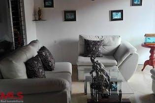 Apartamento en La Colina, Belen - 84mt, tres alcobas, balcon
