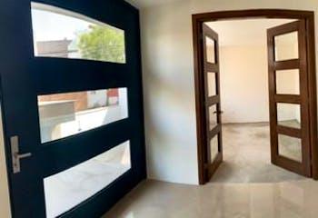 Casa en venta en Lomas de Tecamachalco de 670 mts2 de 3 niveles