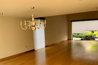 Casa en venta en Lomas de Chapultepec, 600 m2, remodelada.