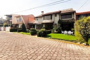Casa en venta en Rincón de Bella Vista, Tlalnepantla de Baz 5 recamaras