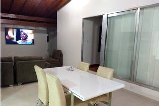 Casa en Simon Bolivar, La America - 200mt, tres alcobas, balcon