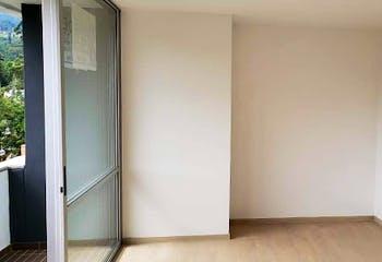 Apartamento en Pueblo Viejo, La Estrella - 87mt, tres alcobas, balcón