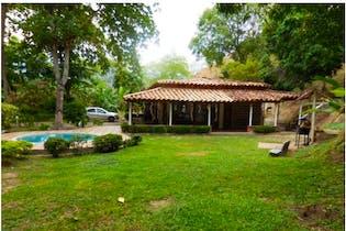 Finca en Sopetran-Antioquia, con 4 Alcobas - 4939 mt2.