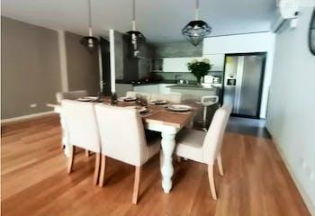 Apartamento en Loma de las Brujas, Envigado - 171mt, tres alcobas, dos balcones