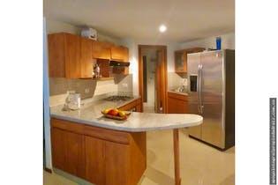 Apartamento de Aves Maria, Sabaneta - 100mt, tres alcobas, balcon