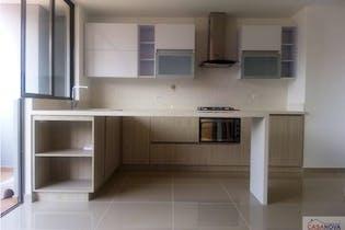 Apartamento en La Paz, Envigado - 81mt, tres alcobas, balcon
