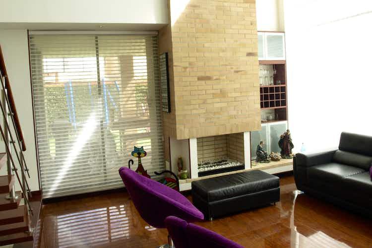 Portada  Casa en   Cajicá, Bogota, Con 3 habitaciones-203mt2