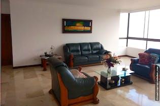 Apartamento en El Tesoro-El Poblado, con 4 Alcobas - 370 mt2.