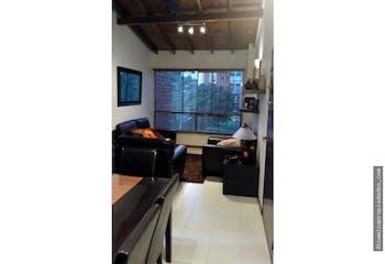 Apartamento en Castropol, Poblado - 80mt, tres alcobas
