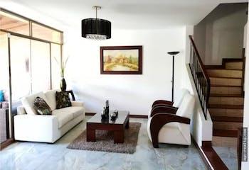 Casa en Envigado, Loma del Chocho,200 mts2-3 Habitación,Balcón