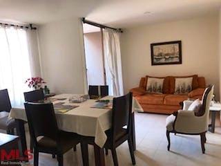 Una sala de estar llena de muebles y una mesa en Bosques Del Cerro