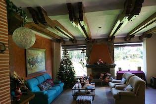Casa en Llanogrande, Rionegro - 329mt, cuatro alcobas, terraza