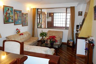 Casa en venta en Barrio Kennedy de 5 habitaciones