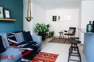Apartamento en La Cuenca, Envigado - 69mt, tres alcobas, balcon