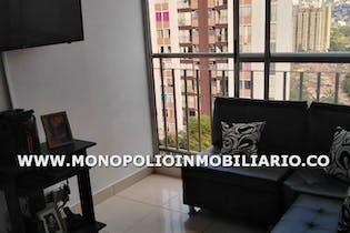 Apartamento en Loma de Los Bernal, Belen - 55mt, tres alcobas, balcon