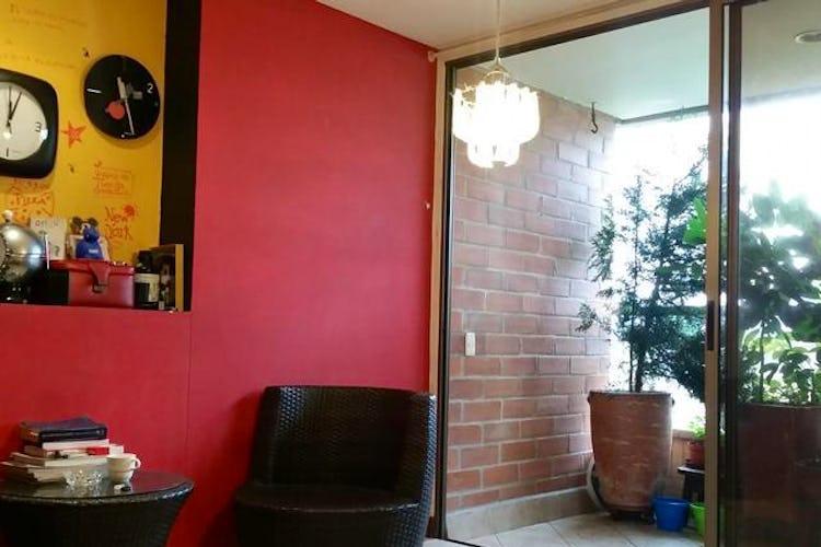 Portada Apartamento en Los Balsos-El Poblado, con Balcón - 95 mt2.