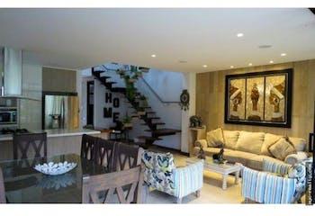 Casa, sector La Calleja, Envigado, 312,92 mts2-3 Habitaciones, Chimenea