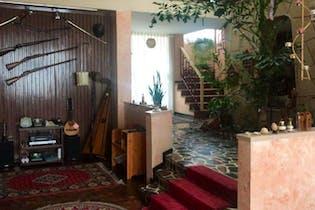 Casa En Barrio Cedritos, Cedritos, 5 Habitaciones- 335m2.