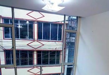 Casa En Bogota Castilla El Castillo, Con 2 habitaciones-147mt2