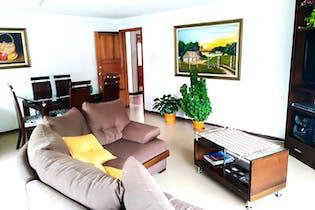Casa en Carvajal, Kennedy, 8 Habitaciones- 219m2