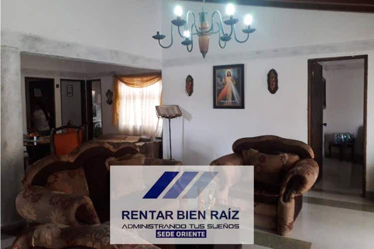 Portada Casa en La Ceja, Antioquia, 4 Habitaciones- 170m2