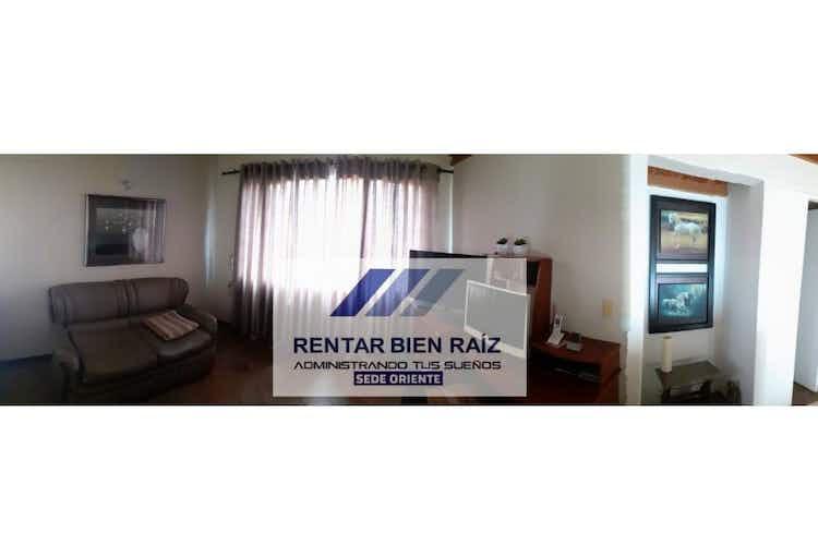 Portada Casa en  La Ceja Antioquia, Con 4 habitaciones-210mt2