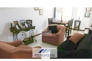 Casa en Los Almendros, Envigado, Con 3 habitaciones-123mt2